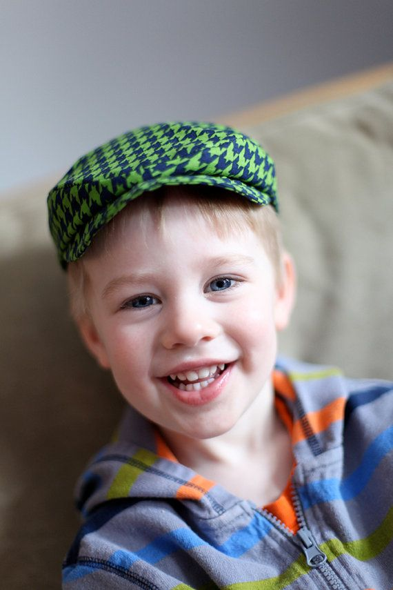 aww my boys would be so cute in this hat;-)
