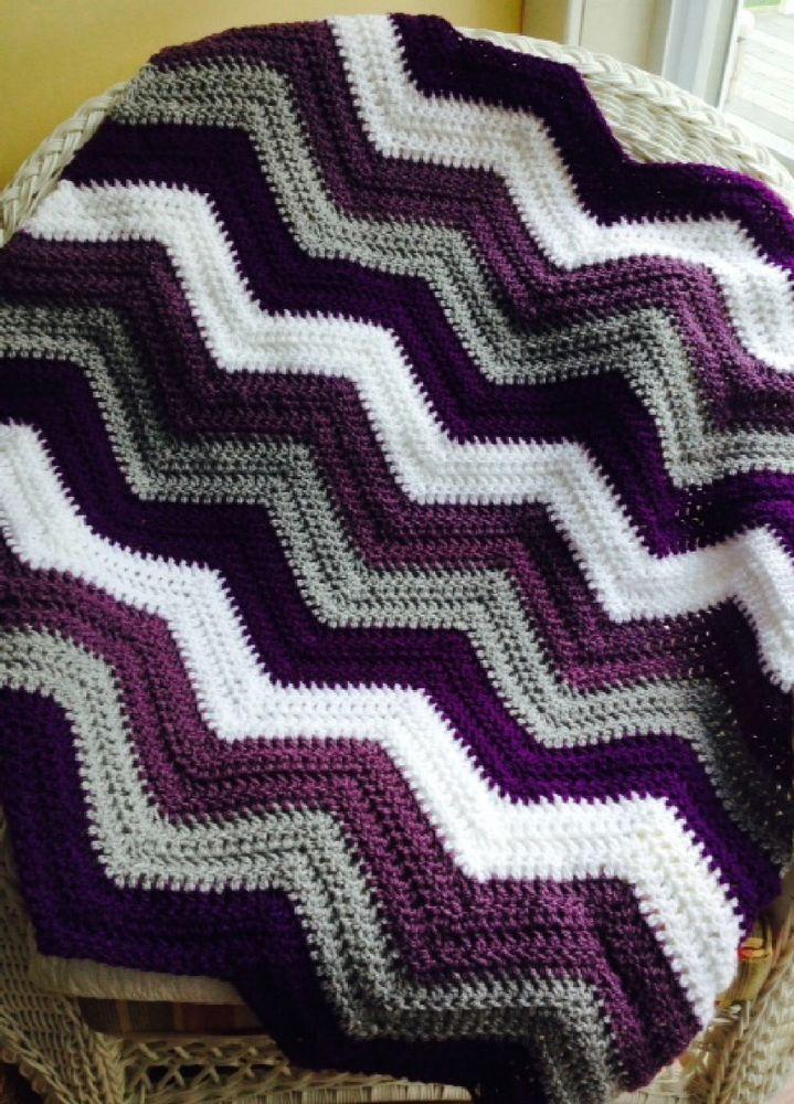 CROCHET handmade baby blanket afghan chevron ripple VANNA white ...