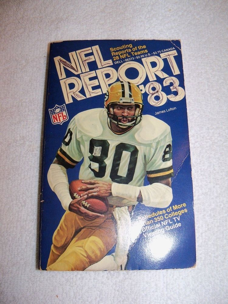 Vintage NFL Football Report Paperback Book from 1983