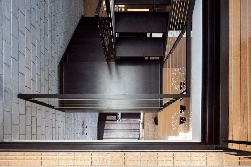 13_staircase_Tel_Aviv_Town_House_Archnew