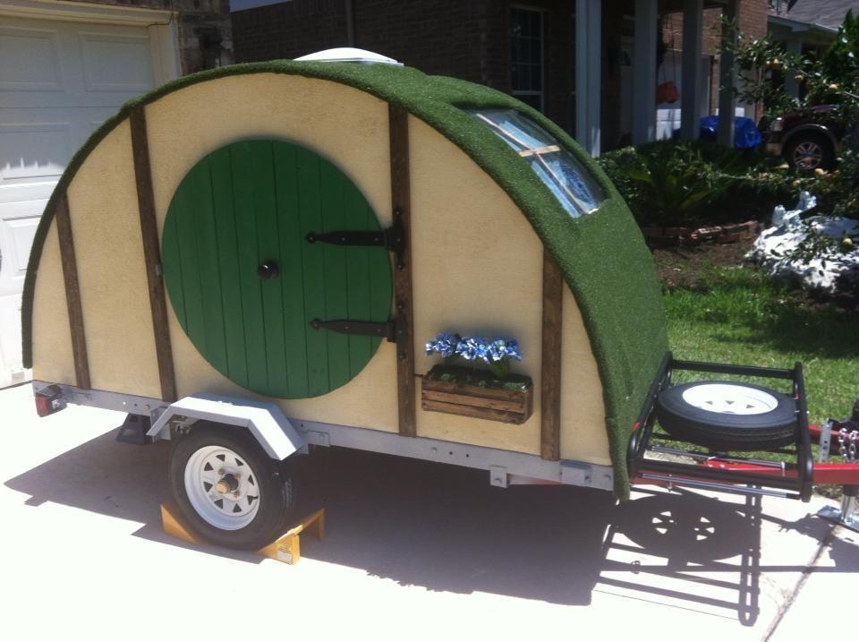 Teardrop trailer interiors featured teardrop hobbit for Teardrop camper interior ideas