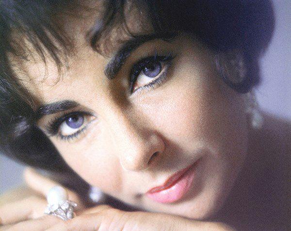 Menekse Gozler Elizabeth Taylor Eyes Elizabeth Taylor Elizabeth Taylor Cleopatra