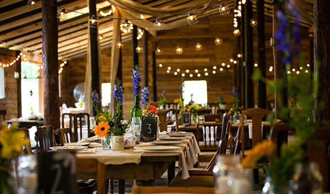 Barn Wedding Venue Vinewood Plantation Is A Rustic Estate In Newnan Ga Featuring And Outdoor Ceremony Setting