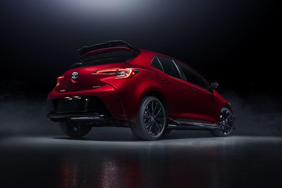 2021 Toyota Corolla Hatchback Gets Flashy Red Special Edition Toyota Corolla Hatchback Corolla Hatchback Toyota Corolla