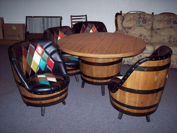 Gack!!! This is the set I wanted!!! Also came with six bar stool and a sofa to match!!!!