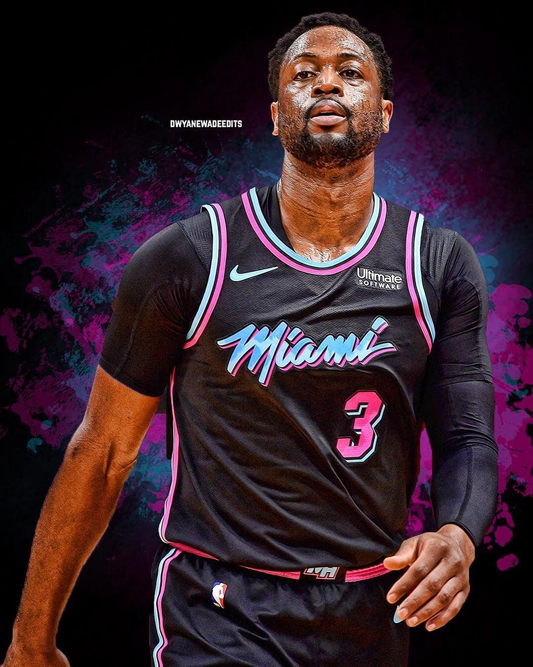 Image May Contain 1 Person Nba Sports Dwyane Wade Lebron James Lakers