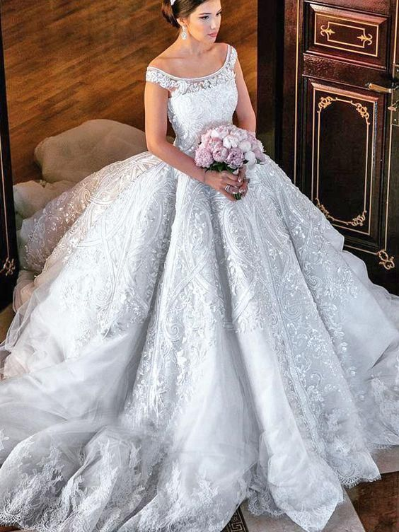 0a8a43736ca Beautiful Wedding Dresses Ball Gown Off-the-shoulder Lace Big White Bridal  Gown JKW198