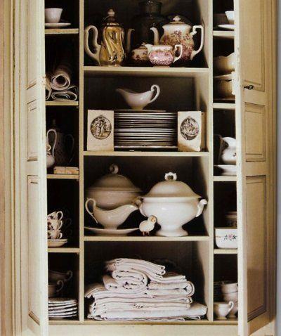 ❥ Charming cupboard..