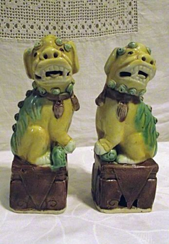 18-Inch Oriental Furniture Foo Dog Rust Patina Statues Set of 2