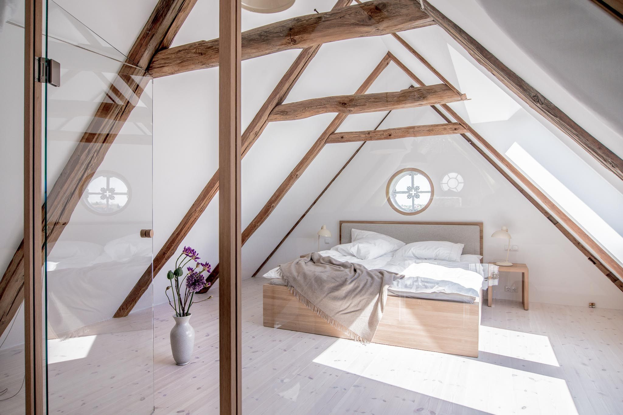 Liebevoll saniert Moderne LandhausIdylle bei Hamburg  Haus  Dachgeschoss schlafzimmer