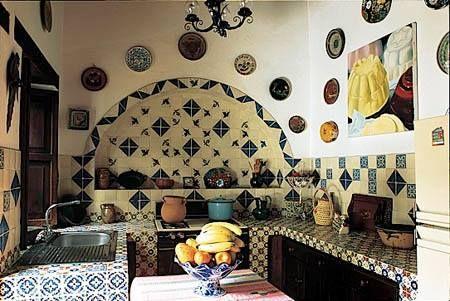 Cocina mexicana con mosaico de talavera melba levick for Mosaicos para cocina rustica