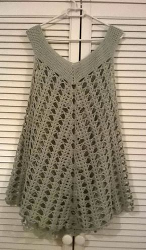 Hanga tunic pattern by Nikolett Corley Designs #crochettunicpattern