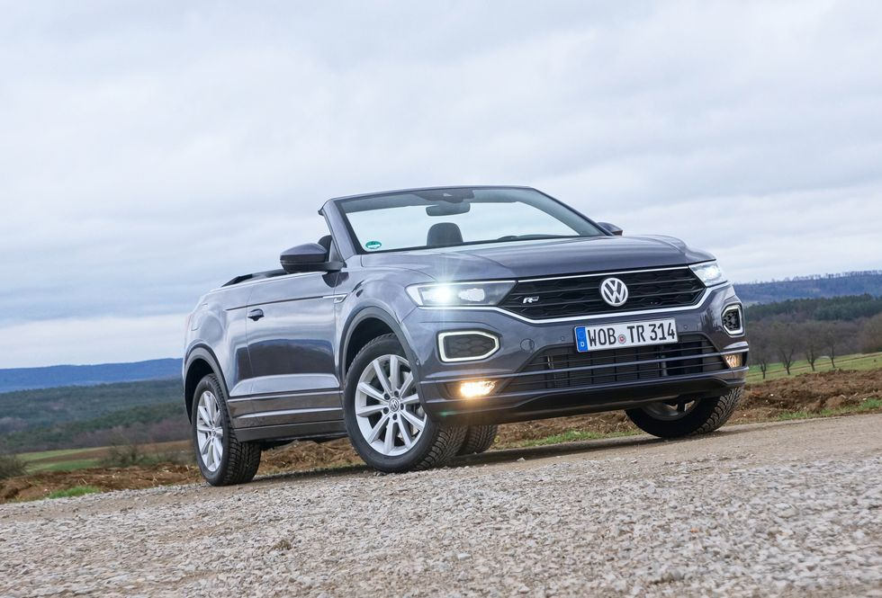 First Drive 2021 Vw T Roc Cabriolet Is Another Try At The Convertible Suv In 2020 Volkswagen Convertible Suv Subcompact Suv