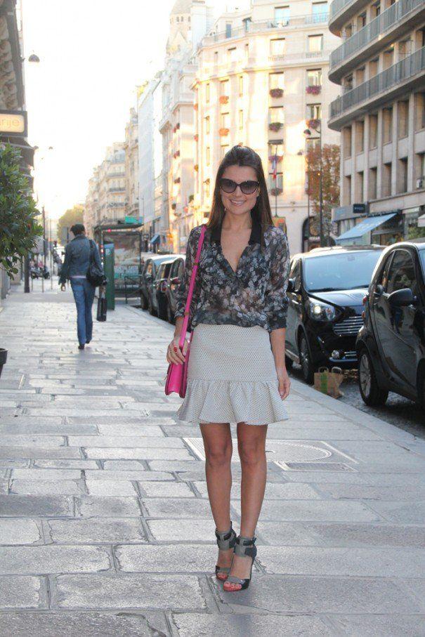 Luana Balbine ॐ | Vestido listrado com tenis, Vestido