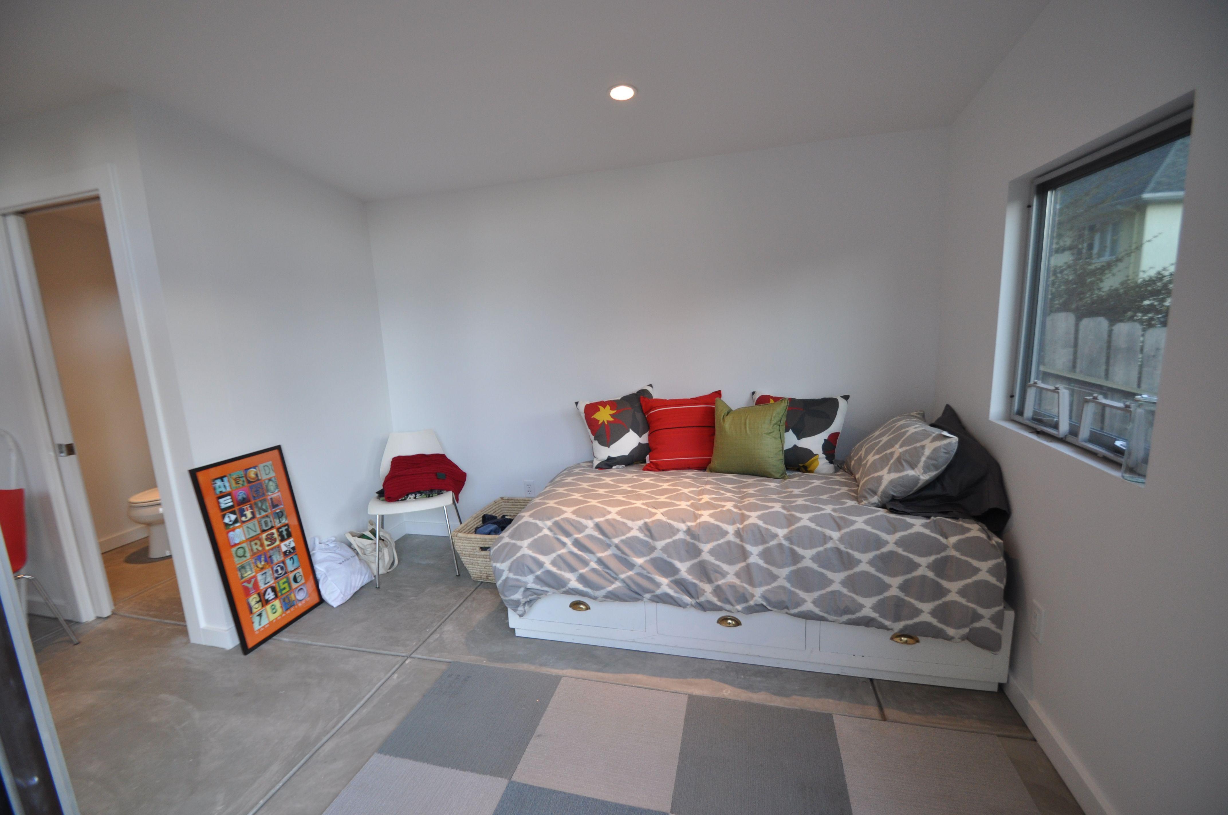 Wwwstudioshedcom Designer Series This Studio Shed Guest Room - Studio shed with bathroom for bathroom decor ideas