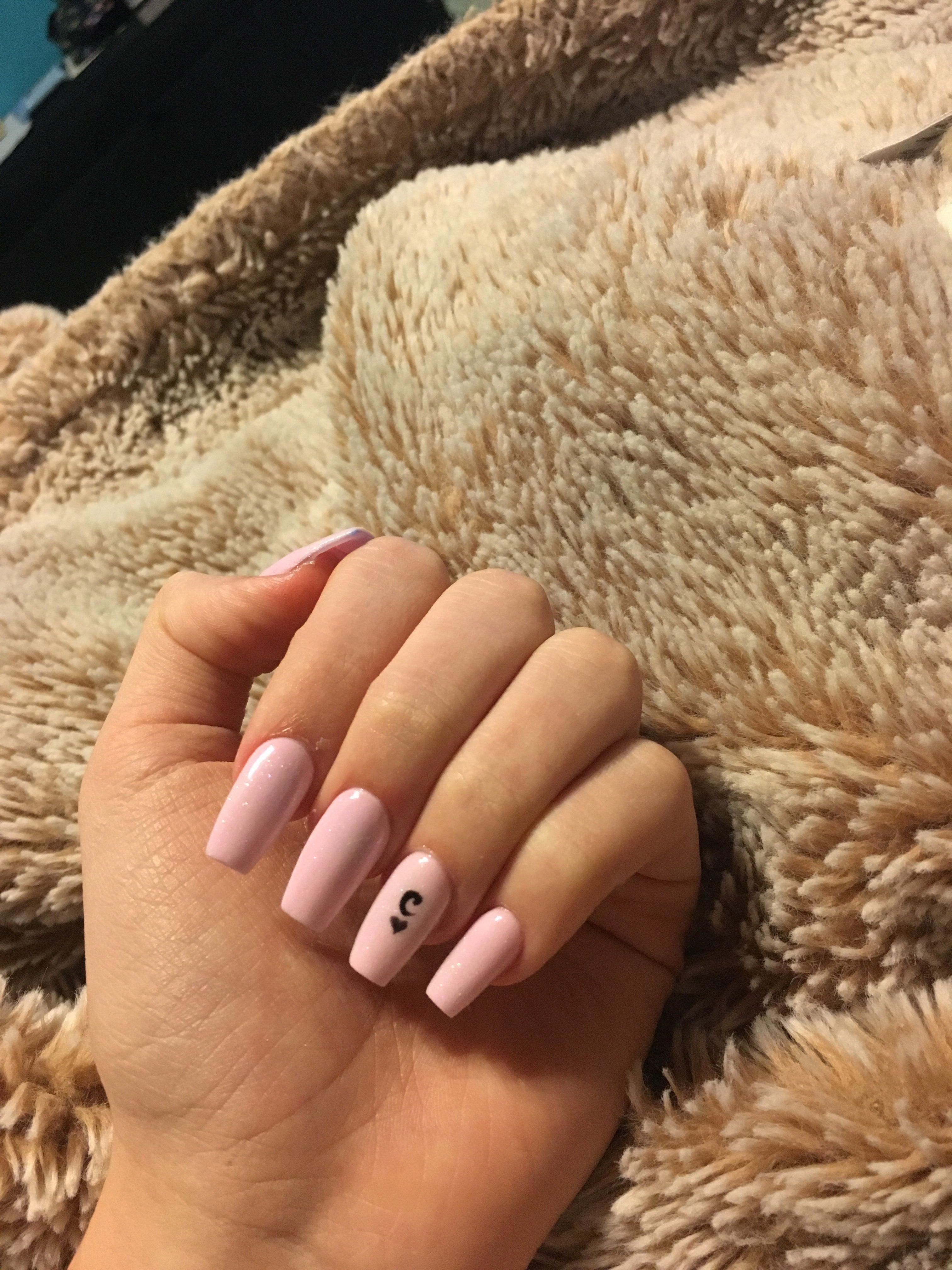Pinknails Nails Acrylic Acrylicnails Pink Coffin Long Initial Ringfinger Naildesignscoffin Pink Acrylic Nails Square Acrylic Nails Long Acrylic Nails