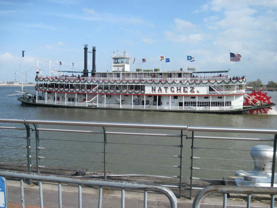 New Orleans Vacation, Steamboats