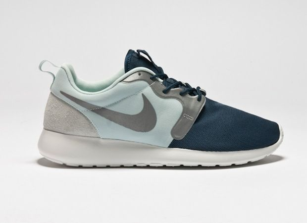 0b6407e3f4ac nike-roshe-run-hyperfuse-quickstrike-1