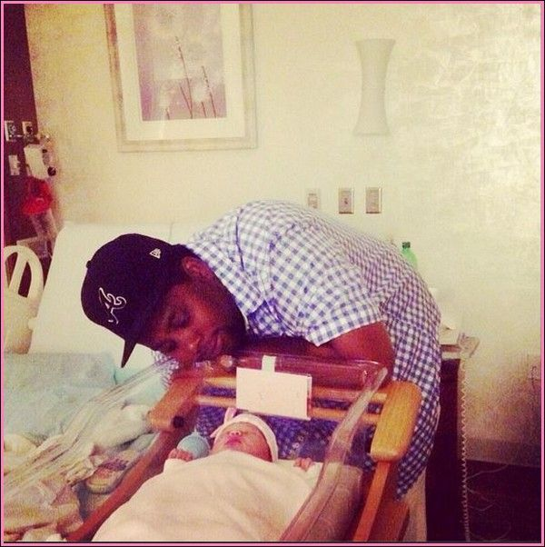 Kenan Thompson Snl Star Is A New Dad Celebrity Babies