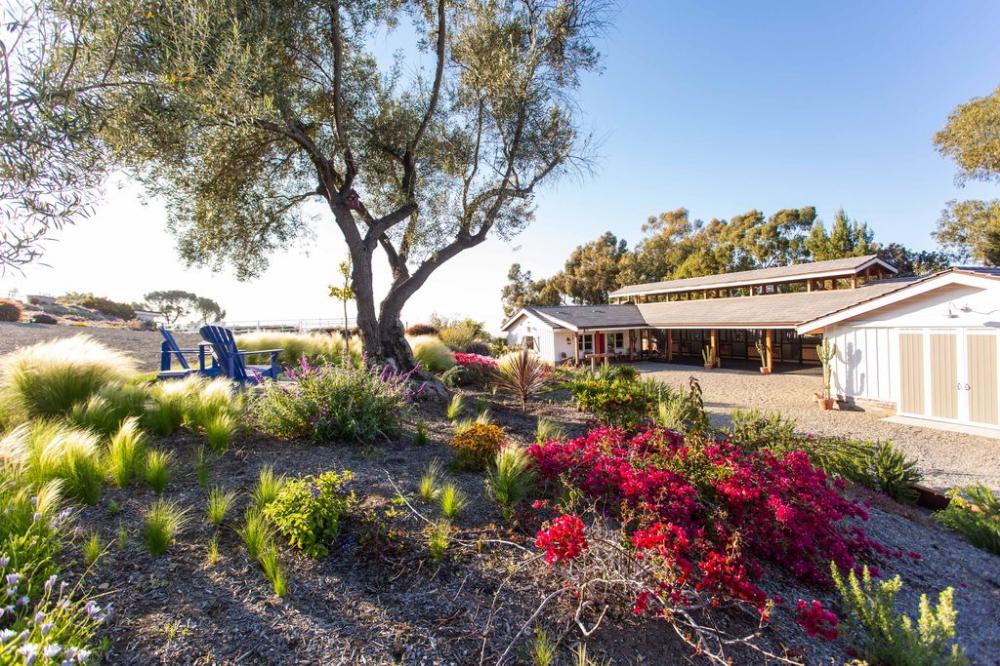 1 Pine Tree Ln, Rolling Hills, CA 90274 | MLS #PV21030825 ...