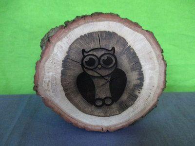 Decoratie boomstam knot met uil laser graveren op hout for Boomstam decoratie
