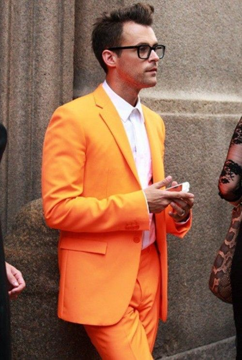 14 Bright and Colorful Groom Suit Ideas | Mens wedding style