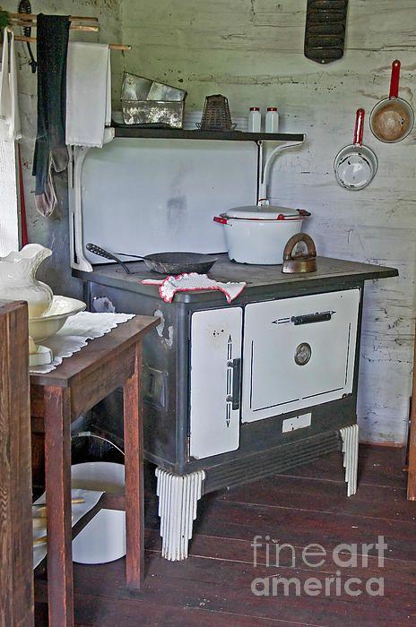 Retro Woodstove In Kitchen schöne Künste, Kunst und Zuhause - schöne mülleimer für die küche