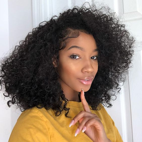 Super Natural Makeup With Curly Hair Life Hair Styles Weaves