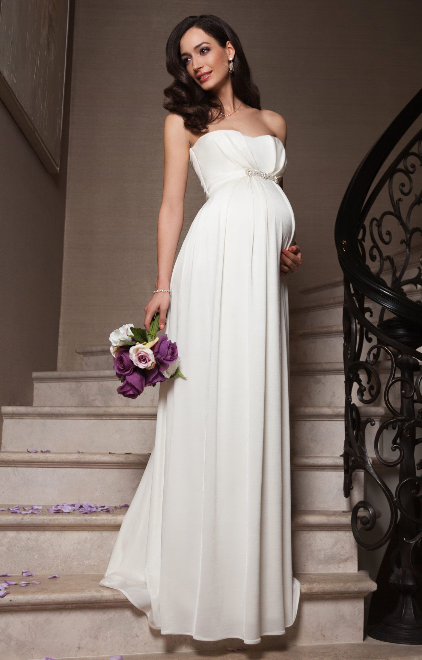 Prettiest maternity wedding dress | Chic Love | Pinterest ...