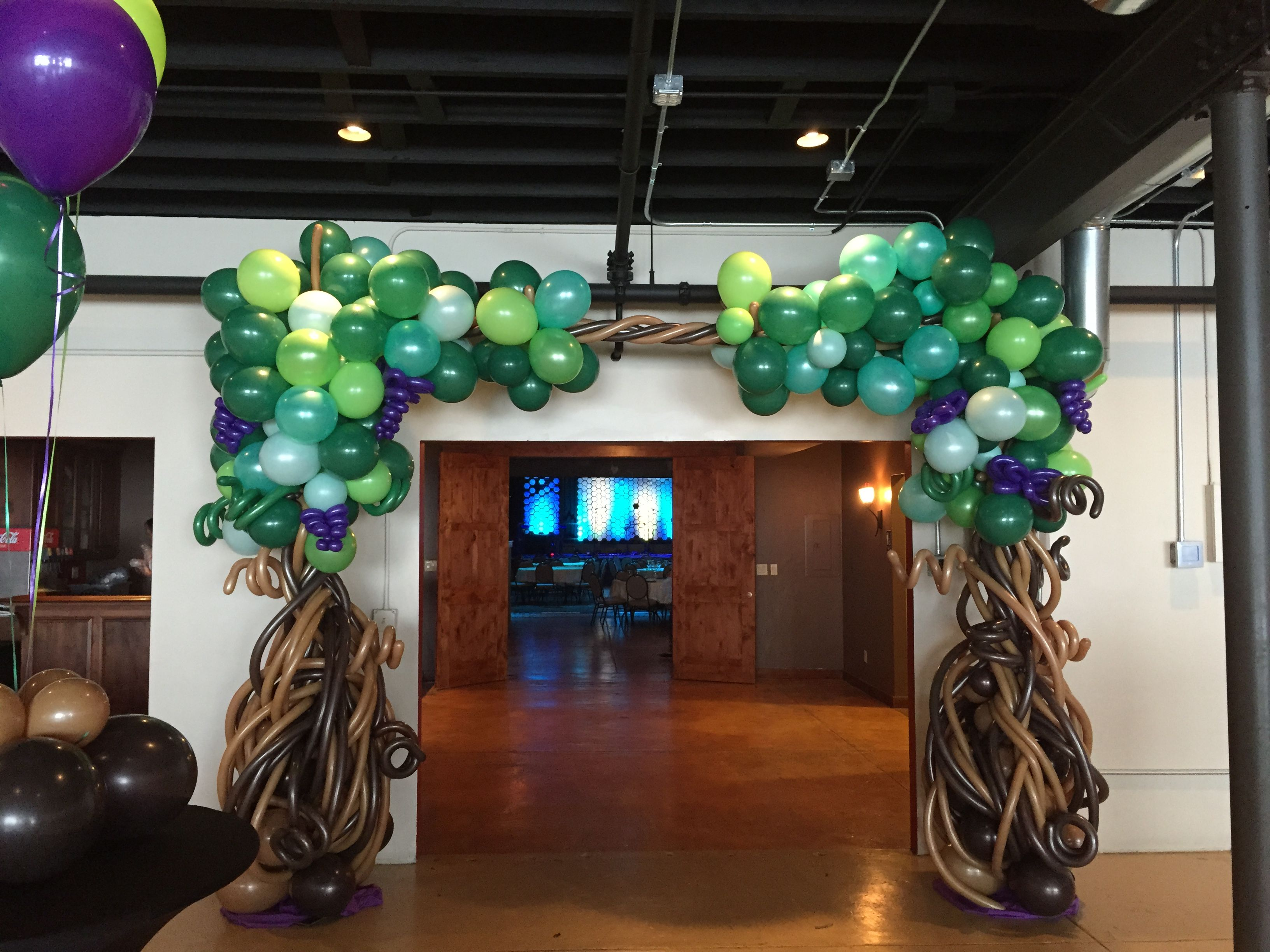 Tree Arch By Balloon Art By Merry Makers With Images Custom