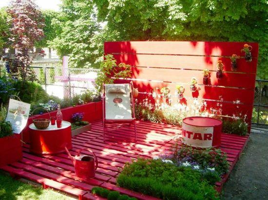 Gartenmöbel Aus Paletten U2013 Trendy Außenmöbel Basteln   Diy Projekt  Gartenmöbel Aus Paletten Rot Holzveranda Plattform