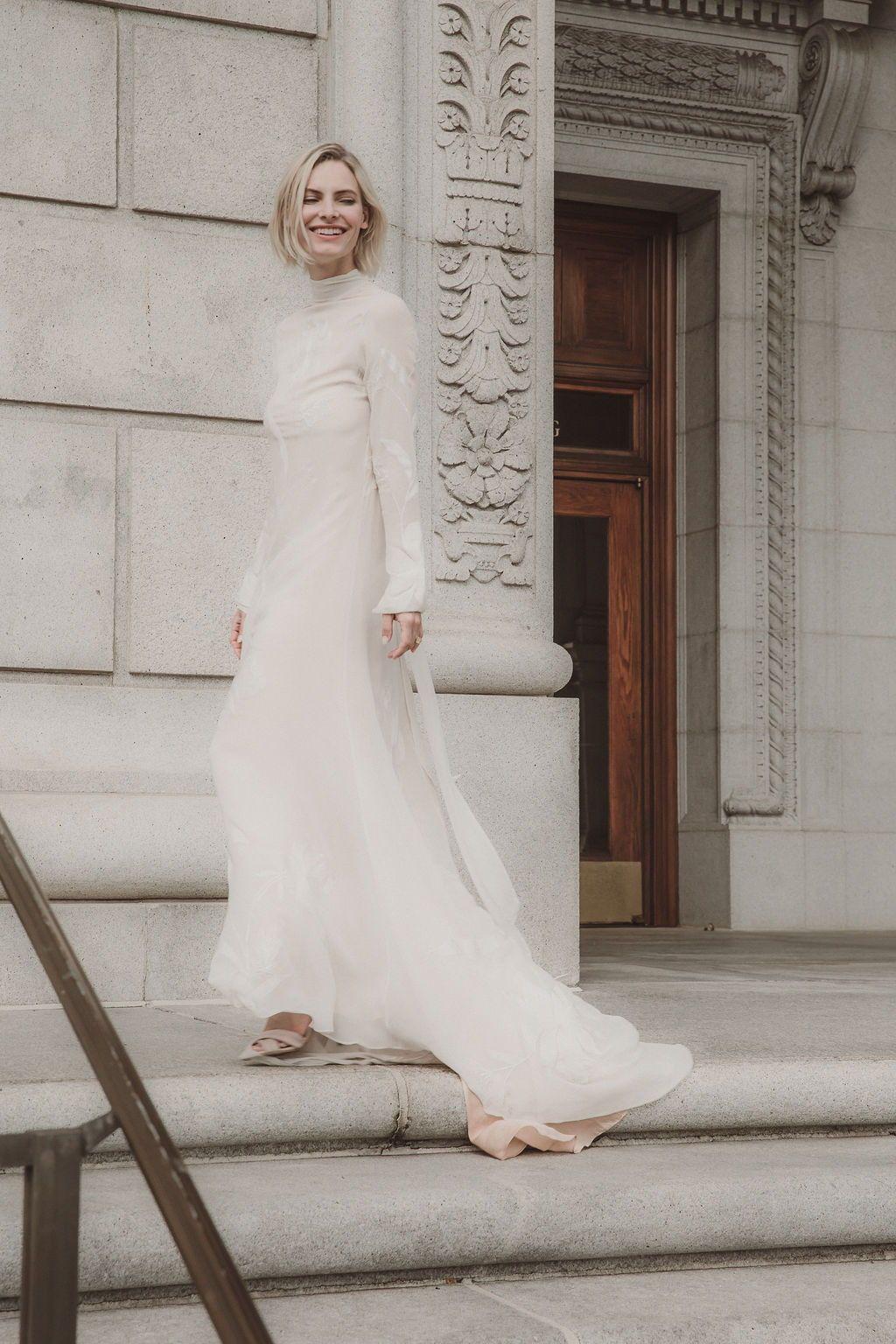 41++ Turtleneck wedding dress no sleeves information