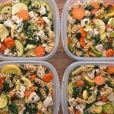 Meal-Prep Garlic Chicken And Veggie Pasta #fitness #fitnessideas #diet