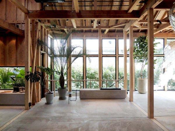 Réhabilitation du0027une maison en boutique pour la styliste Isabel - maison en beton coule