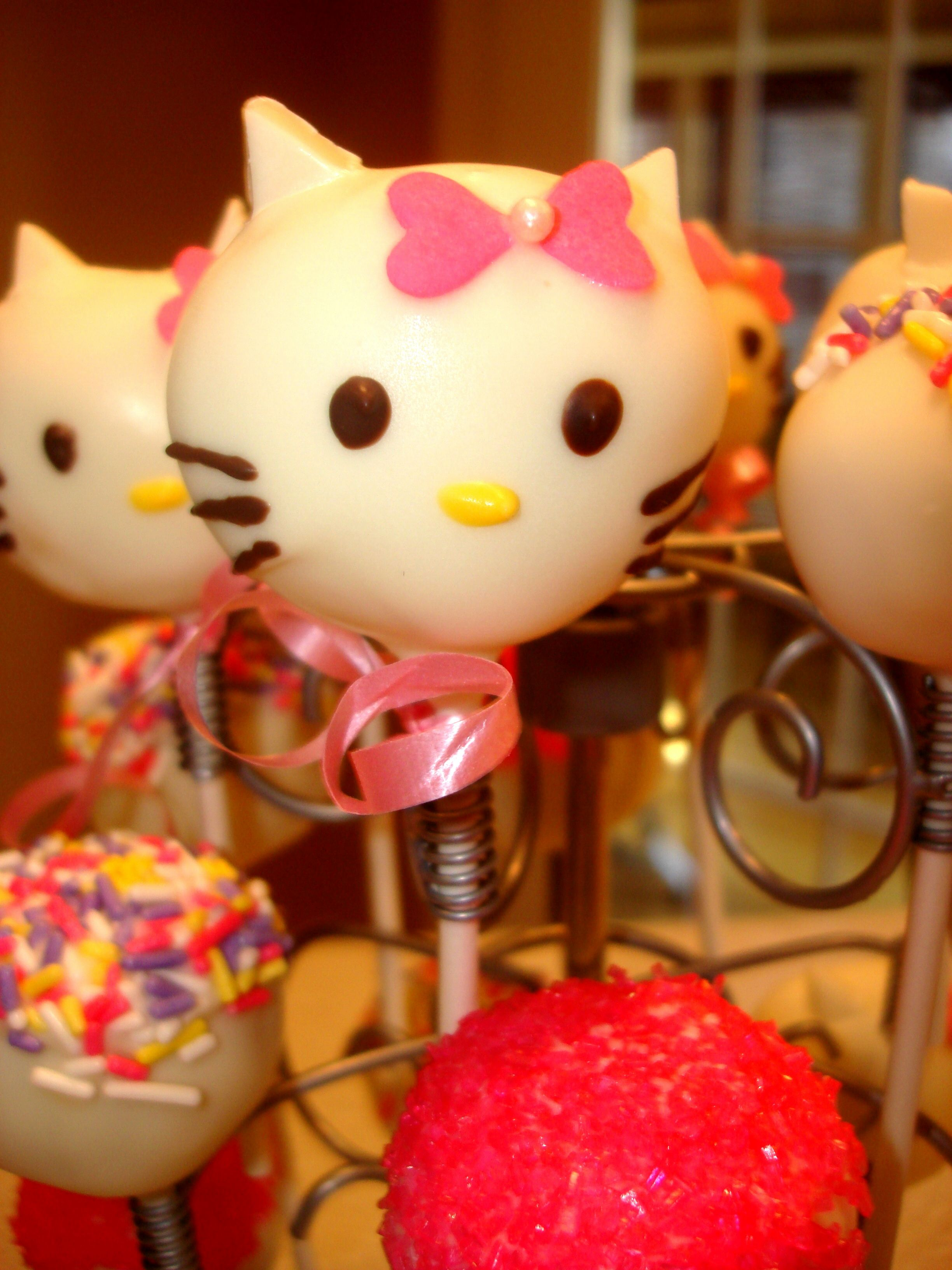 Hello kitty cake pop cake pops hello kitty cake