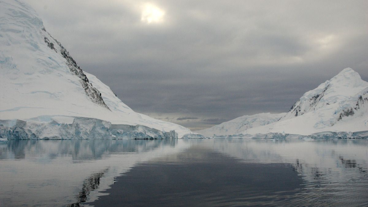 Antarctica is melting and shows no sign of slowing down