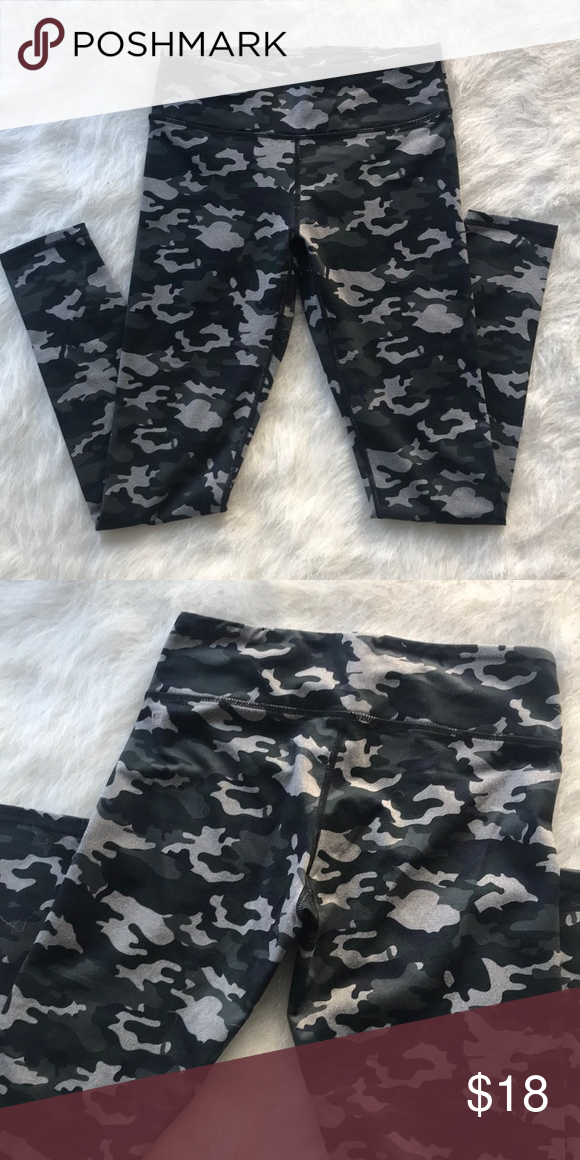 42ebd8d0846cb FABLETICS LEGGINGS Camo print, slightly stretchy Fabletics Pants Leggings