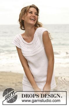 """Knitted DROPS top with lace pattern and round yoke in """"Paris"""". Size: S - XXXL."""