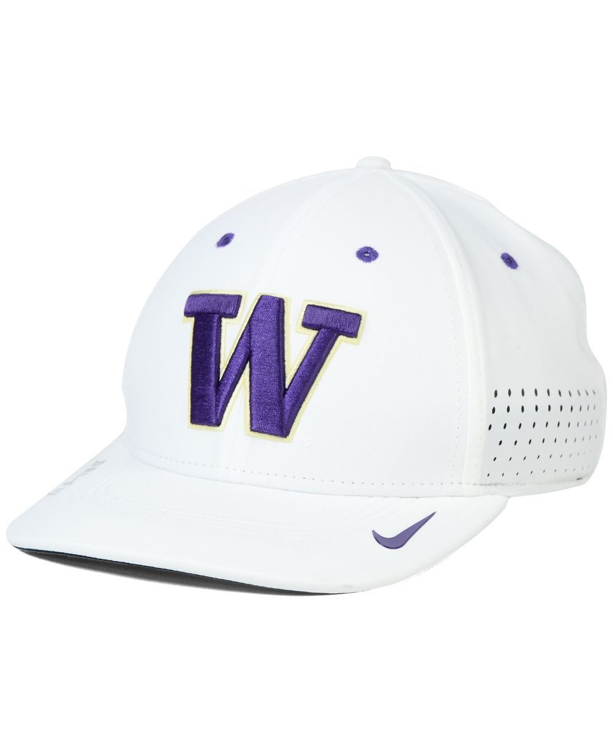 online store e859e 23d02 Nike Washington Huskies Sideline Cap