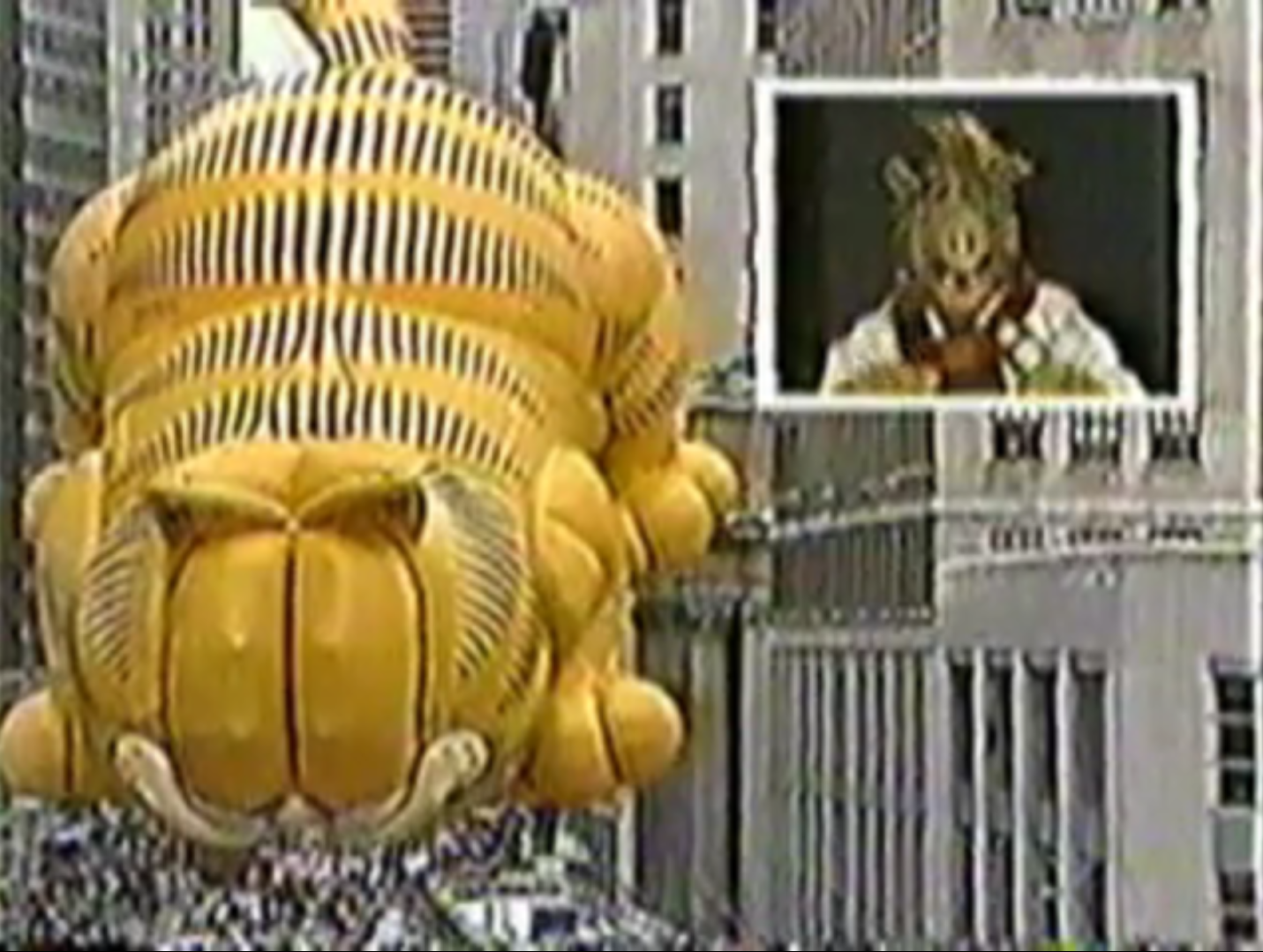 Image Result For Garfield Eating Thanksgiving Day Parade Thanksgiving Parade Macy S Thanksgiving Day Parade
