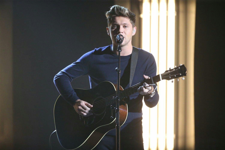 Pin By Niall S Princess Star Wars Gir On 1d 11 Niall Horan Irish Singers Niall Horan News
