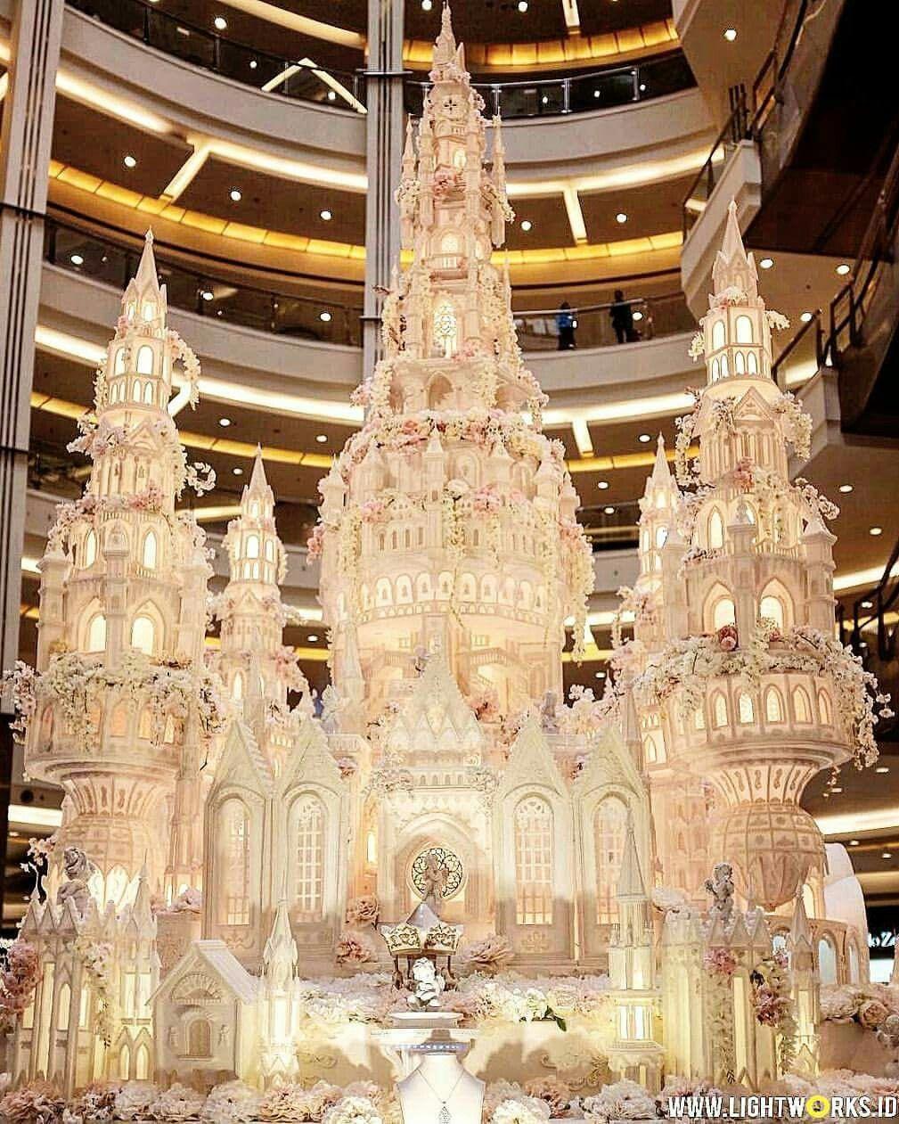 LeNovelle Cake in 2019 Castle wedding cake, Extravagant