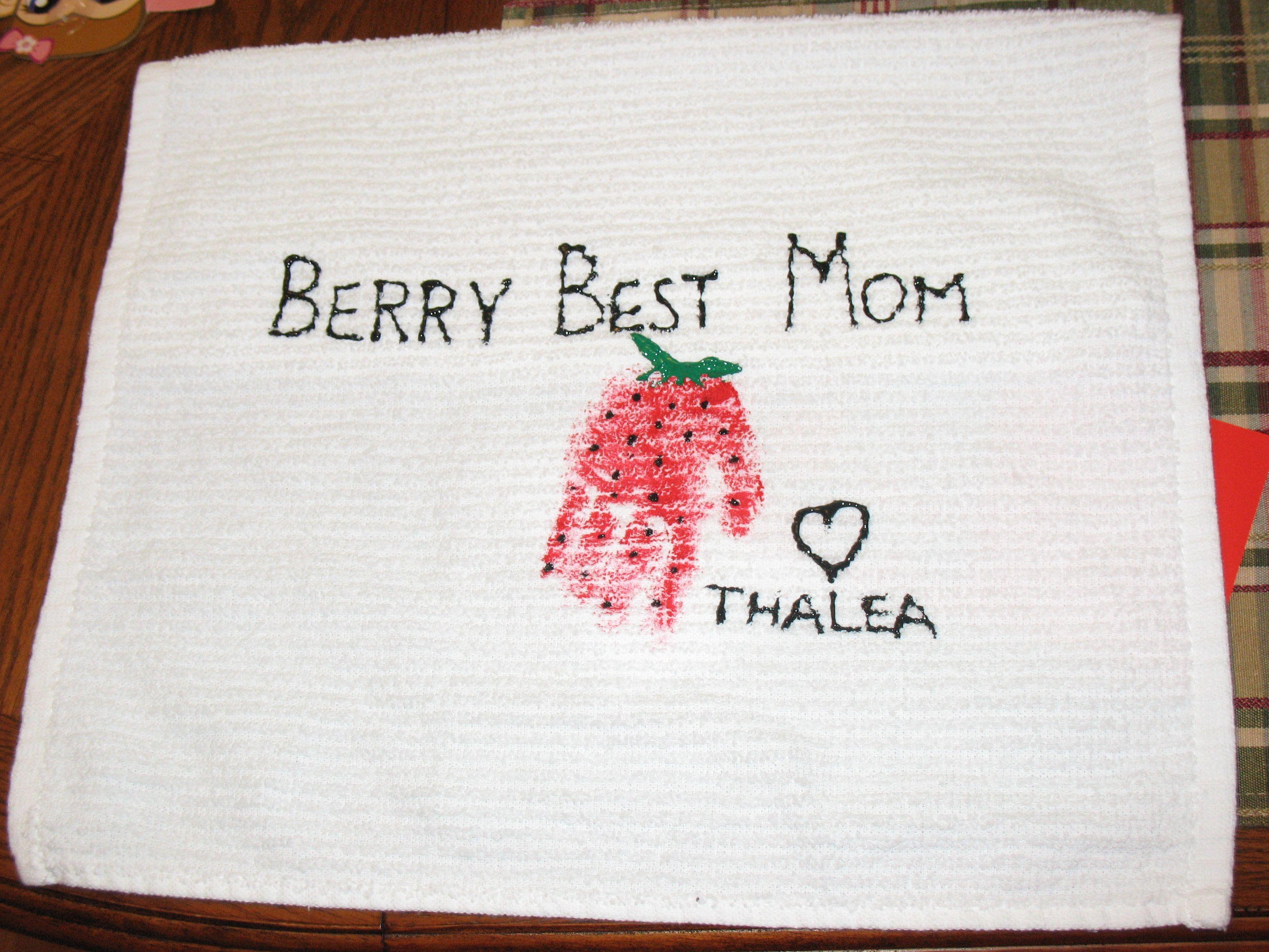 Berry Best Mom Tea Towels ~ Handprint Art