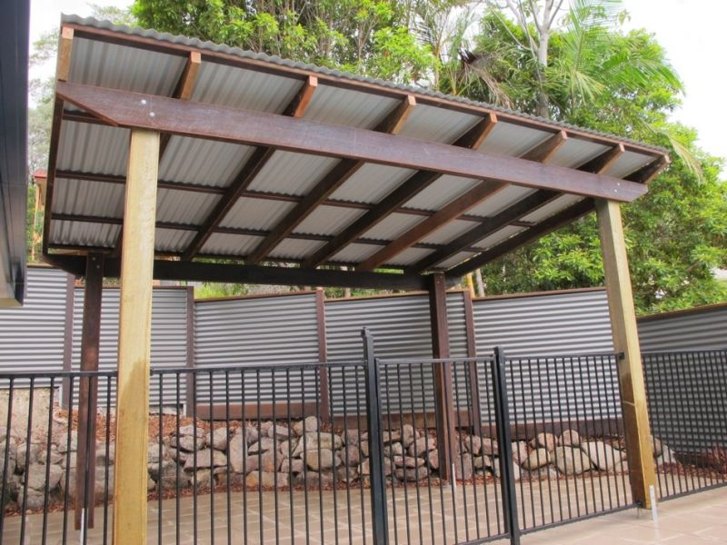 Pergola with Corrugated Metal Roof frame & colorbond