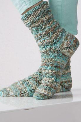Free Patterns | Schachenmayr | Colorful socks, Knitting ...