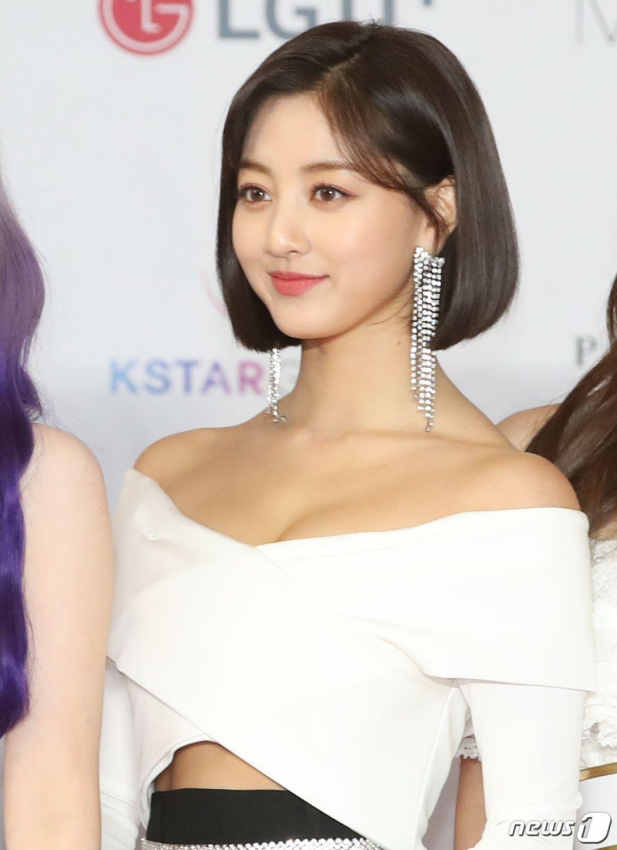 181128 '2018 Asia Artist Awards (2018 AAA)' twice jihyo