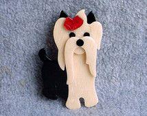 Baffi di Lea Stein Schnauzer spilla il cane Pin crema nero rosso Yorkie Terrier firmato Parigi Francia Gioielli Designer francese celluloide 3