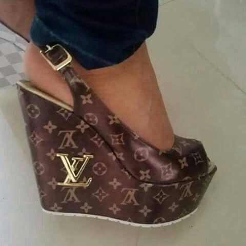 Classy LV wedges!   Louis vuitton shoes