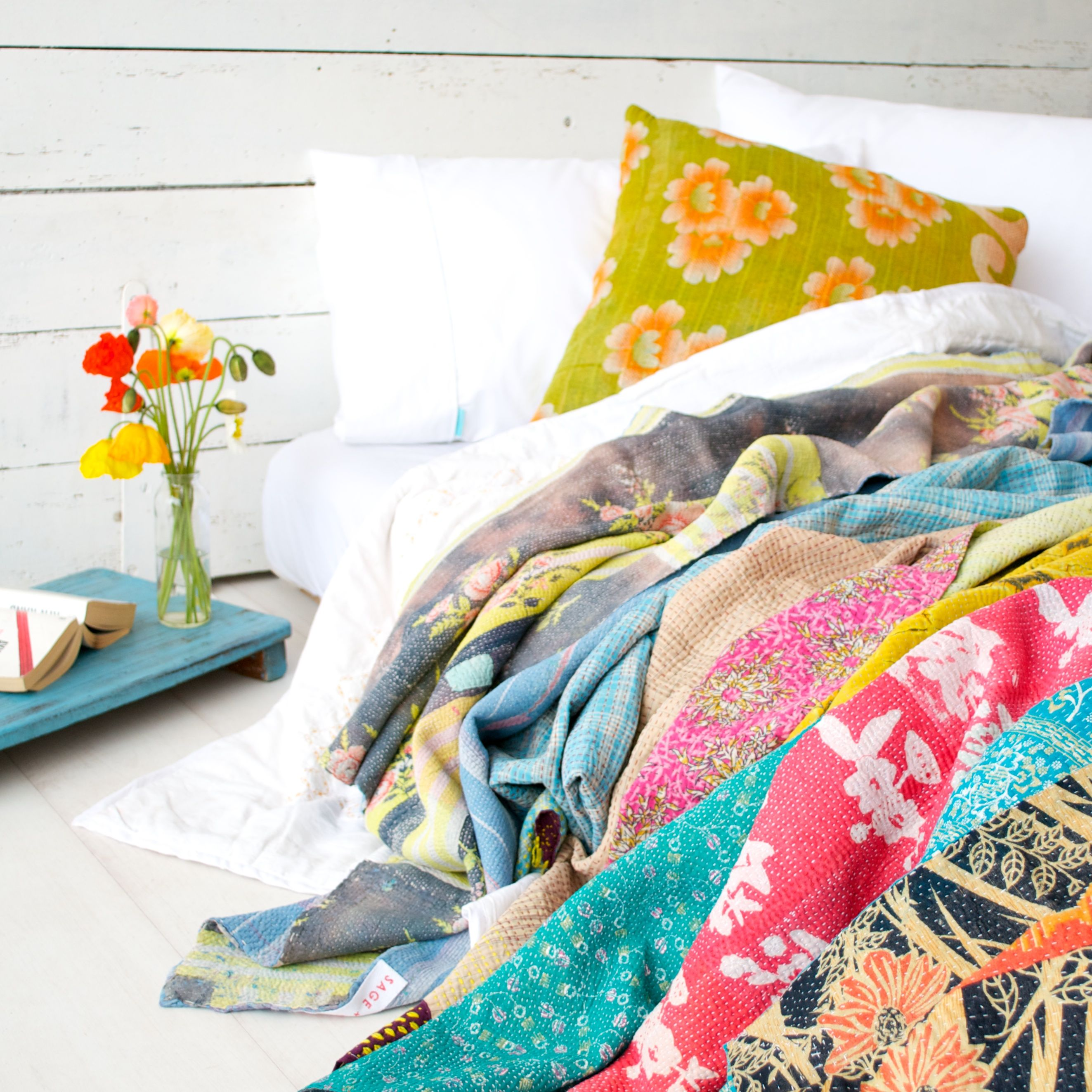 Photo Album Sage And Clare Looks Cozy Soft Furnishings Fashion Room Vintage Quilts
