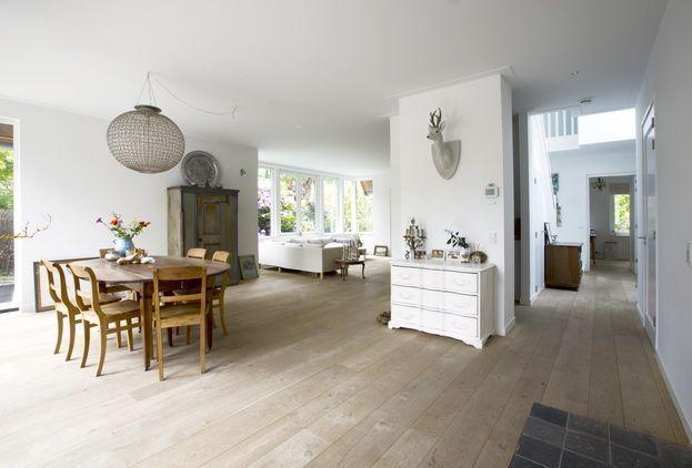 Houten vloer - Eiken landhuisdelen - nieuwe vloer - woonkamer ...